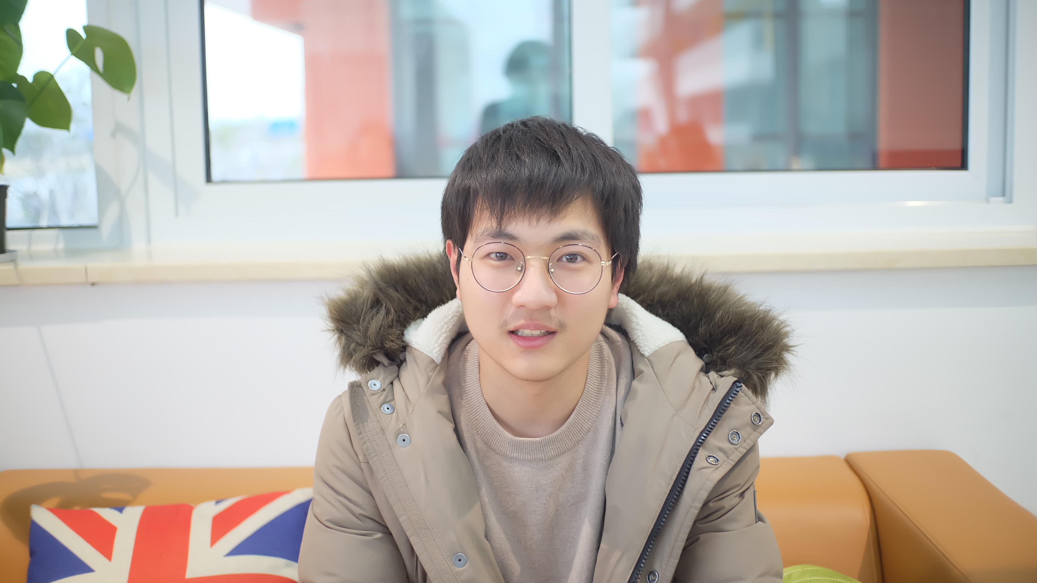 International engineering student holds patent